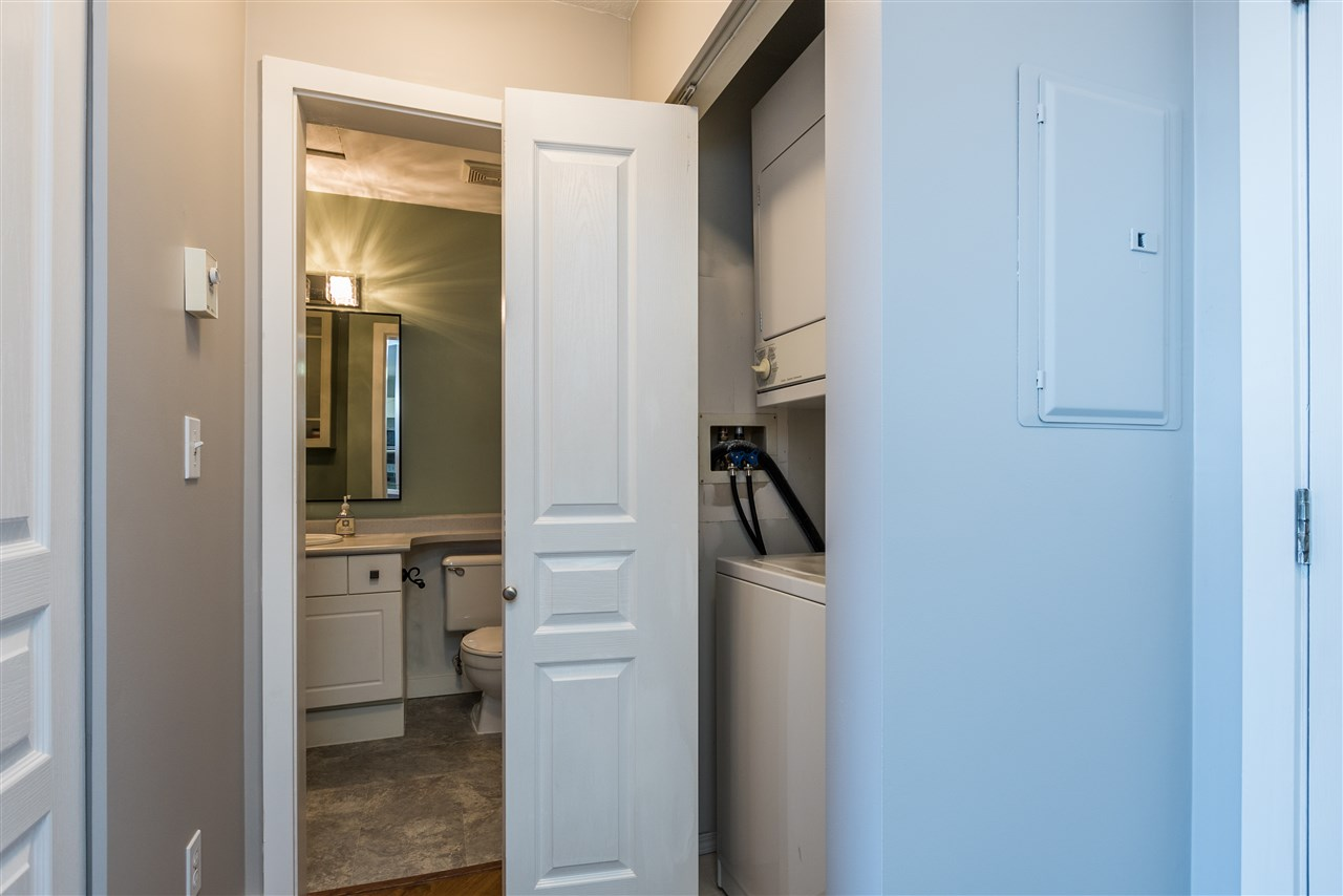 "Photo 5: 415 33478 ROBERTS Avenue in Abbotsford: Central Abbotsford Condo for sale in ""ASPEN CREEK"" : MLS® # R2204879"