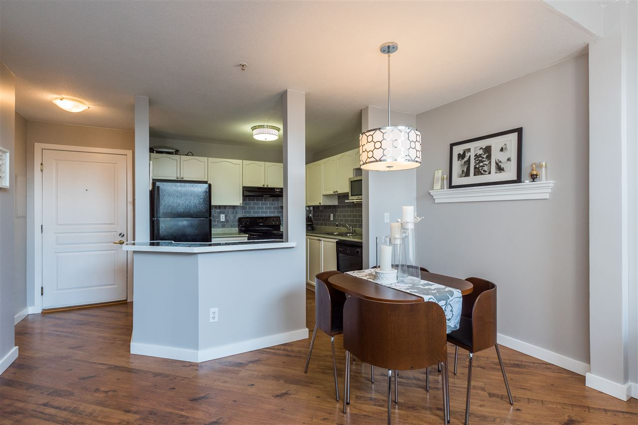 "Photo 10: 415 33478 ROBERTS Avenue in Abbotsford: Central Abbotsford Condo for sale in ""ASPEN CREEK"" : MLS® # R2204879"