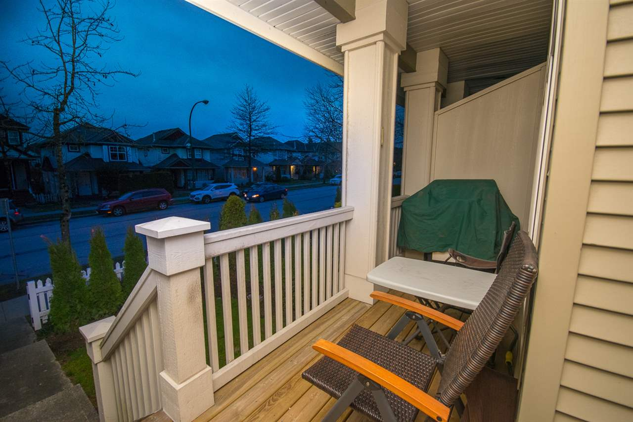 Photo 6: Photos: 3 14877 58 Avenue in Surrey: Sullivan Station Townhouse for sale : MLS® # R2242020