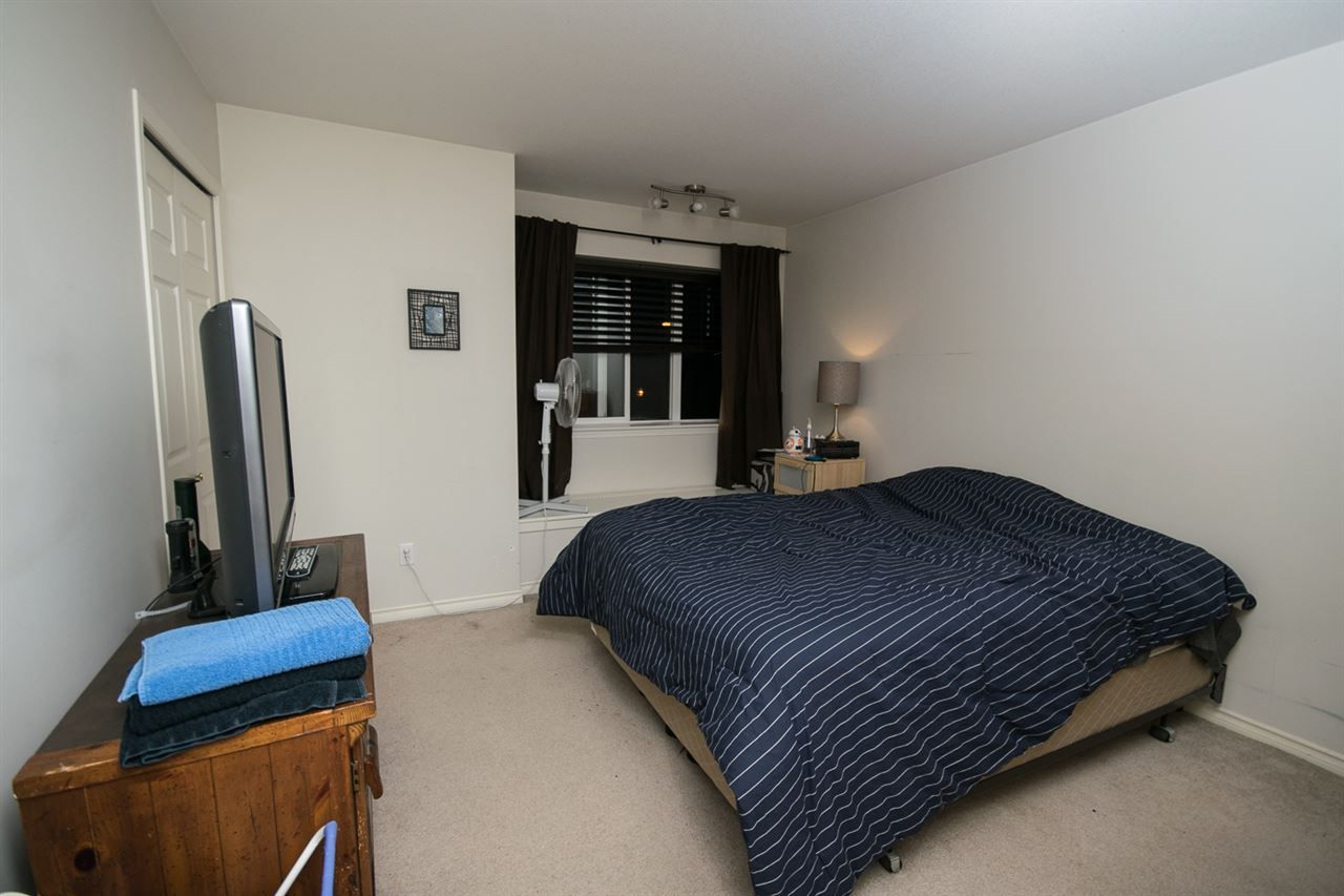 Photo 7: Photos: 3 14877 58 Avenue in Surrey: Sullivan Station Townhouse for sale : MLS® # R2242020