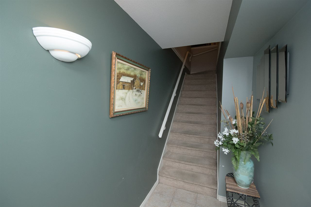 Photo 8: Photos: 3 14877 58 Avenue in Surrey: Sullivan Station Townhouse for sale : MLS® # R2242020