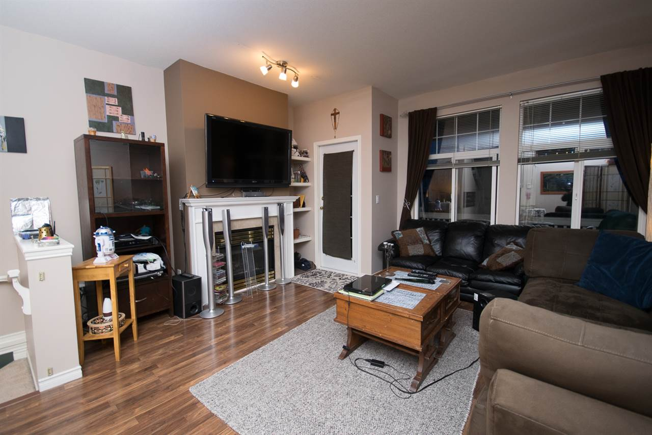 Photo 4: Photos: 3 14877 58 Avenue in Surrey: Sullivan Station Townhouse for sale : MLS® # R2242020