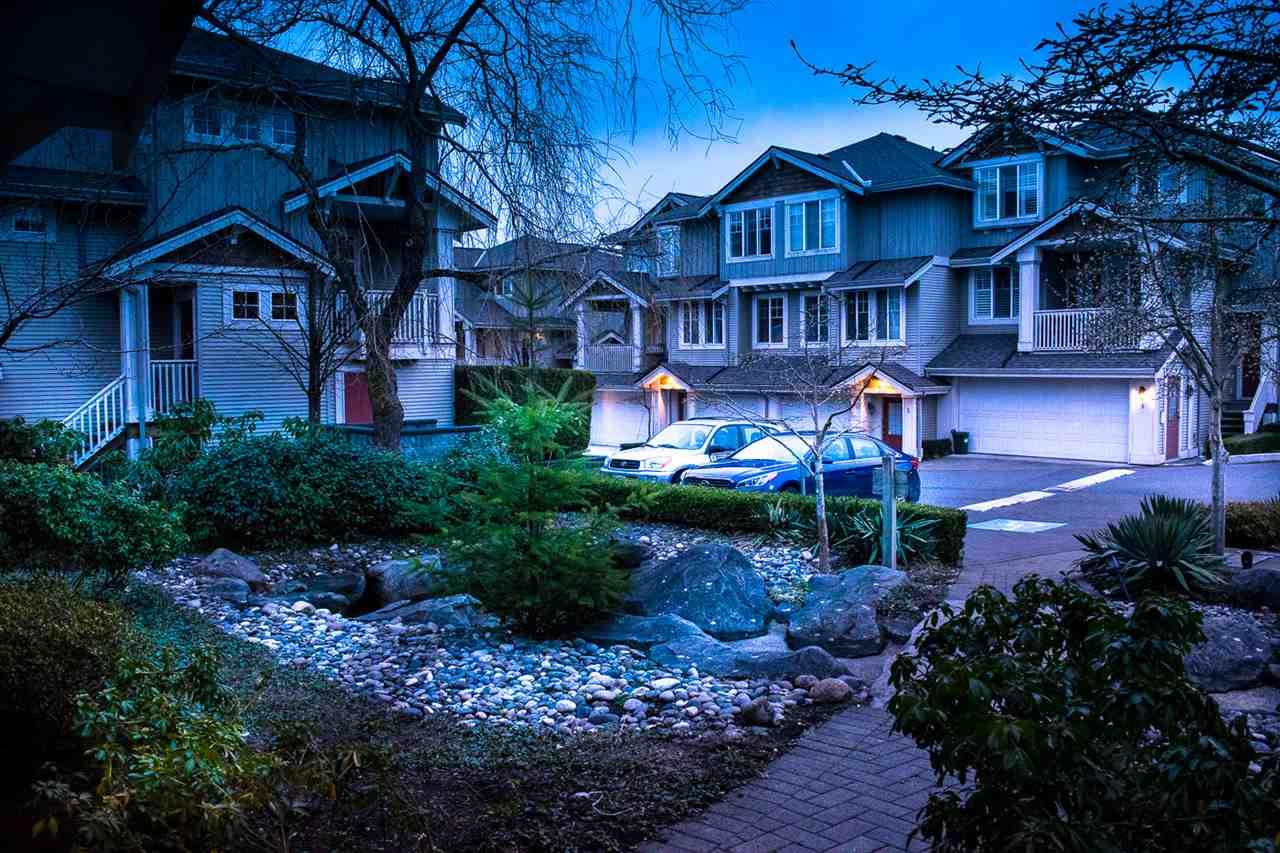 Photo 2: Photos: 3 14877 58 Avenue in Surrey: Sullivan Station Townhouse for sale : MLS® # R2242020