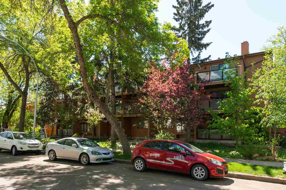 Main Photo: 207 10611 84 Avenue in Edmonton: Zone 15 Condo for sale : MLS®# E4114991