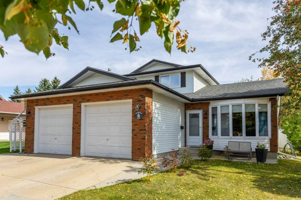 FEATURED LISTING: 4 Langholm Drive St. Albert