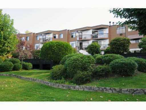Main Photo: 11 11900 228TH Street in Maple Ridge: East Central Condo for sale : MLS® # V959863