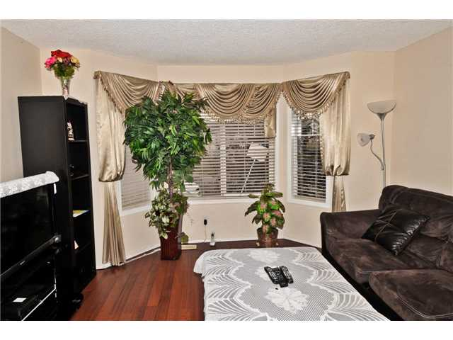 Photo 3: 173 MARTINVALLEY Road NE in : Martindale Residential Detached Single Family for sale (Calgary)  : MLS(r) # C3595152