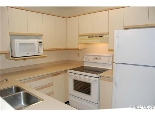 Photo 6: 102 9882 Fifth Street in SIDNEY: Si Sidney North-East Condo Apartment for sale (Sidney)  : MLS(r) # 333954