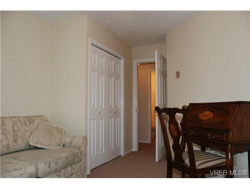Photo 15: 102 9882 Fifth Street in SIDNEY: Si Sidney North-East Condo Apartment for sale (Sidney)  : MLS(r) # 333954