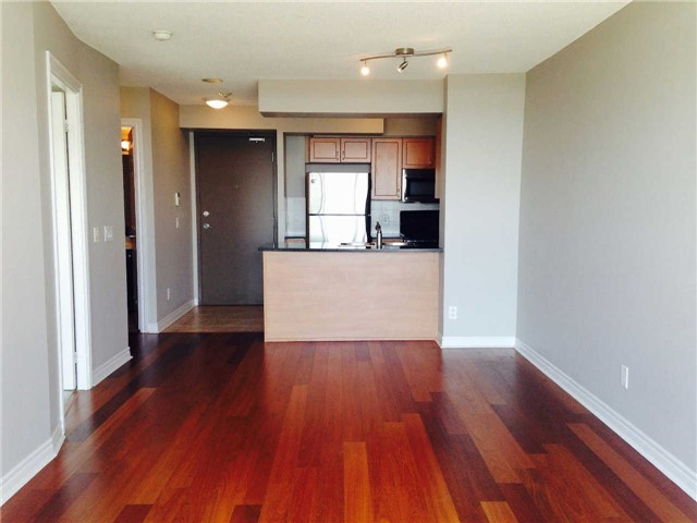 Photo 15:  in Oakville: Uptown Core Condo for lease : MLS(r) # W3284908