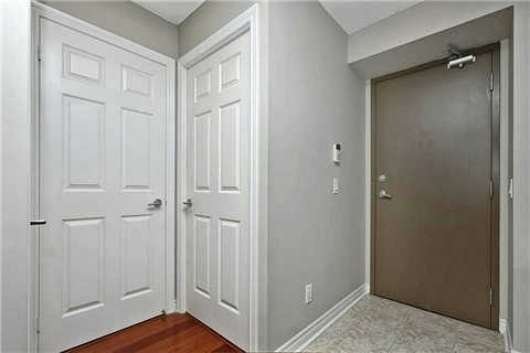 Photo 14:  in Oakville: Uptown Core Condo for lease : MLS(r) # W3284908