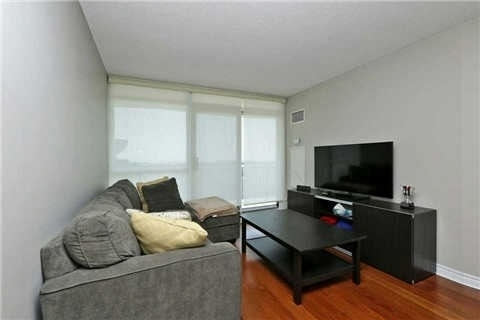 Photo 19:  in Oakville: Uptown Core Condo for lease : MLS(r) # W3284908