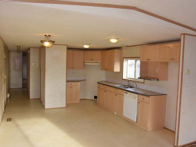 Photo 2: Photos: 43 240 G & M ROAD in : South Kamloops Manufactured Home/Prefab for sale (Kamloops)  : MLS® # 131996
