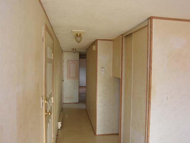 Photo 4: Photos: 43 240 G & M ROAD in : South Kamloops Manufactured Home/Prefab for sale (Kamloops)  : MLS® # 131996