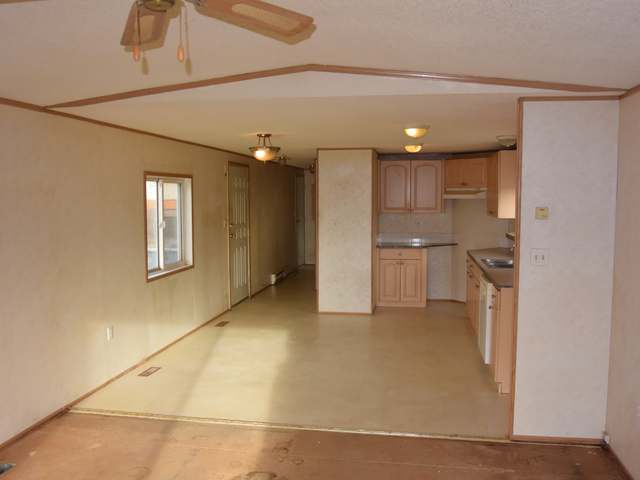 Photo 10: Photos: 43 240 G & M ROAD in : South Kamloops Manufactured Home/Prefab for sale (Kamloops)  : MLS® # 131996