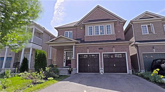 Main Photo: 22 Summitgreen Crest in Brampton: Sandringham-Wellington House (2-Storey) for sale : MLS(r) # W3511531