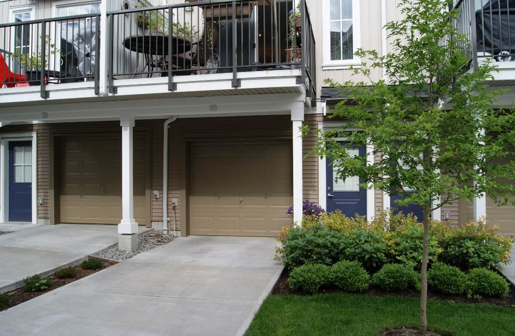"Photo 2: 69 31032 WESTRIDGE Place in Abbotsford: Abbotsford West Townhouse for sale in ""Harvest"" : MLS(r) # R2084069"