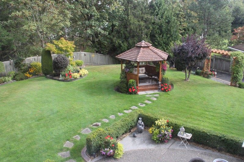 "Photo 12: 5230 223 Street in Langley: Murrayville House for sale in ""Eldorado Estates"" : MLS(r) # R2106853"