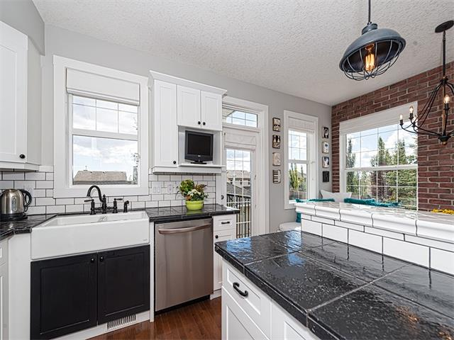 Photo 7: 35 43 SPRINGBOROUGH Boulevard SW in Calgary: Springbank Hill House for sale : MLS(r) # C4083171