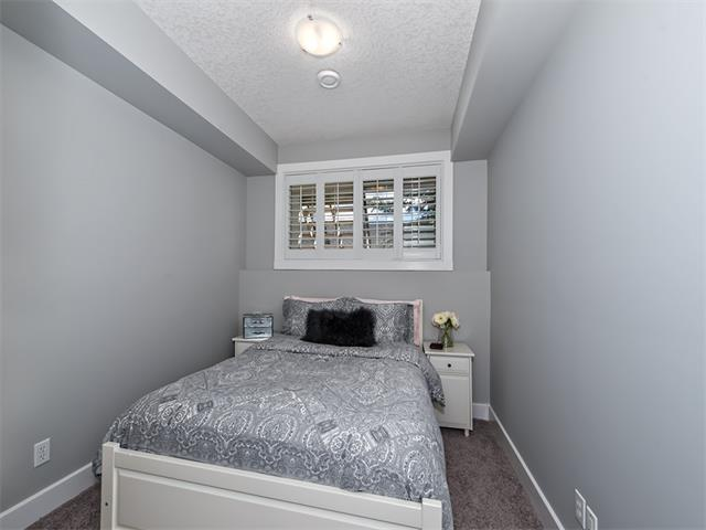 Photo 19: 35 43 SPRINGBOROUGH Boulevard SW in Calgary: Springbank Hill House for sale : MLS(r) # C4083171