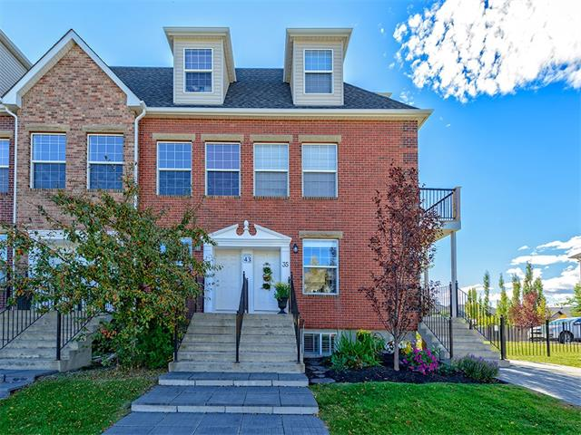 Photo 2: 35 43 SPRINGBOROUGH Boulevard SW in Calgary: Springbank Hill House for sale : MLS(r) # C4083171