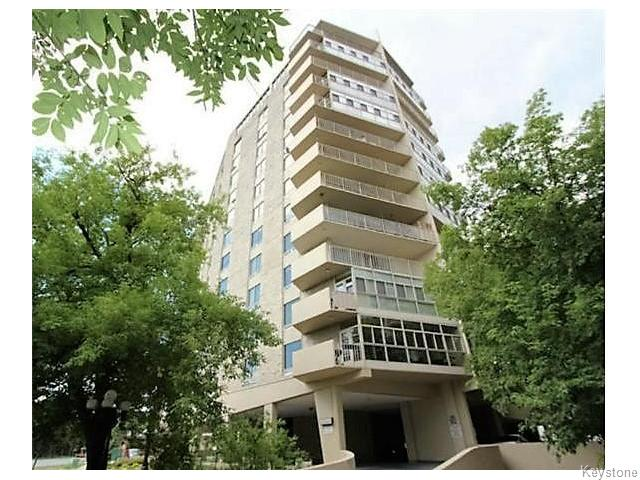 Main Photo: 221 Wellington Crescent in Winnipeg: Condominium for sale (1B)  : MLS® # 1629216