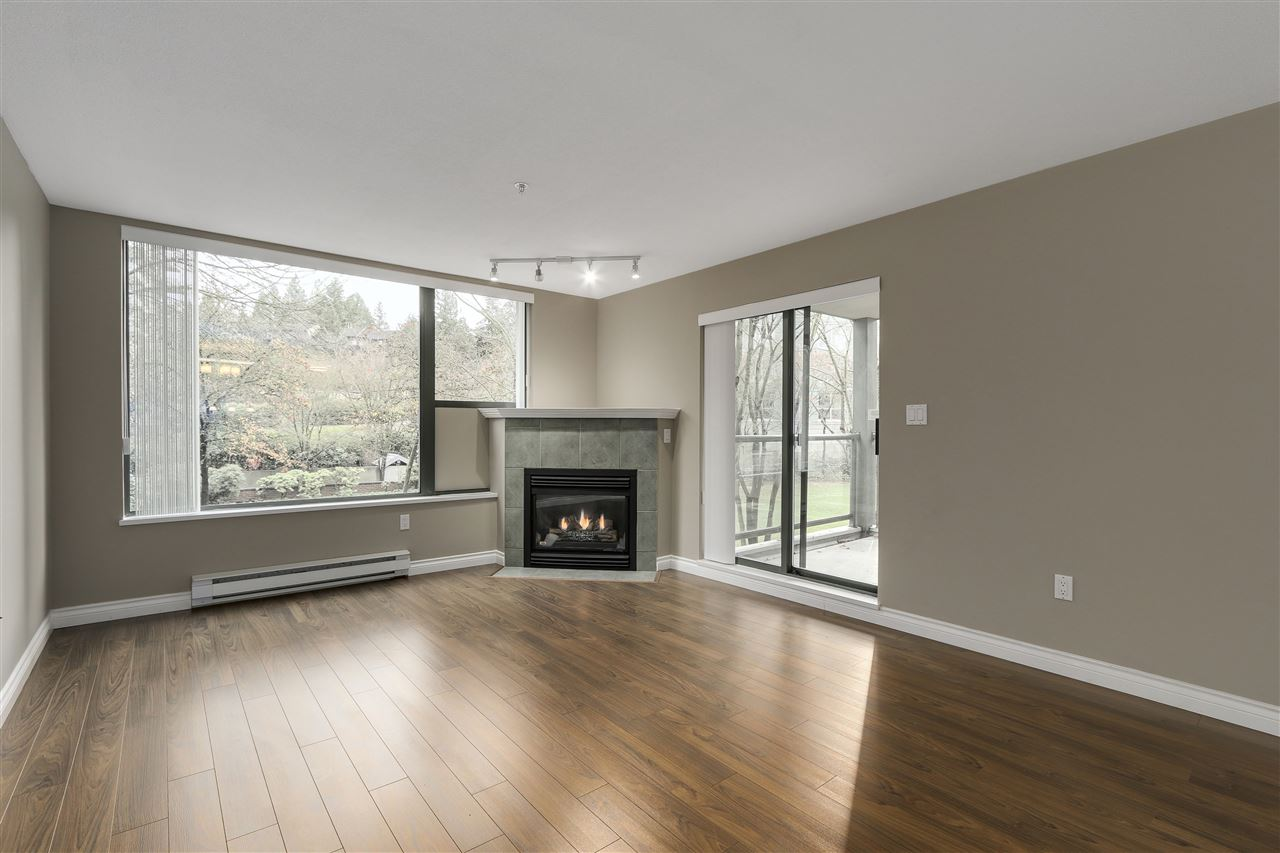 "Photo 2: 311 260 NEWPORT Drive in Port Moody: North Shore Pt Moody Condo for sale in ""MCNAIR"" : MLS(r) # R2125780"