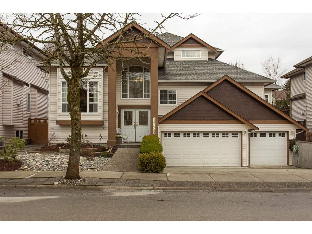 "Main Photo: 19659 JOYNER Place in Pitt Meadows: South Meadows House for sale in ""EMERALD MEADOWS"" : MLS® # R2134987"