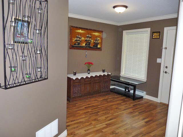 Photo 3: 2831 MCCRIMMON Drive in Abbotsford: Central Abbotsford House for sale : MLS(r) # R2137326