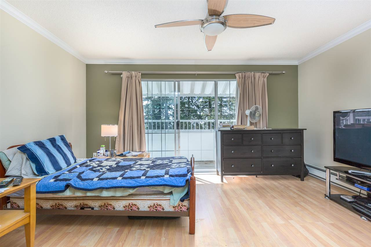 "Photo 5: 318 707 EIGHTH Street in New Westminster: Uptown NW Condo for sale in ""The Diplomat"" : MLS® # R2145933"