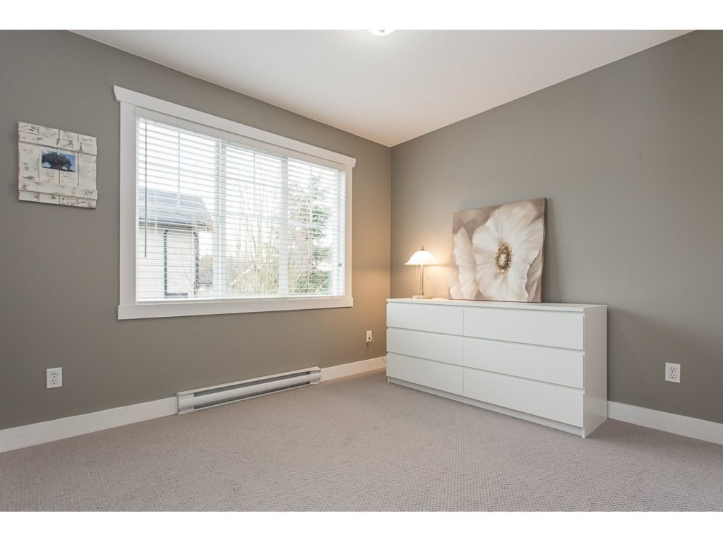 "Photo 15: 22 20176 68 Avenue in Langley: Willoughby Heights Townhouse for sale in ""STEEPLECHASE"" : MLS(r) # R2146576"