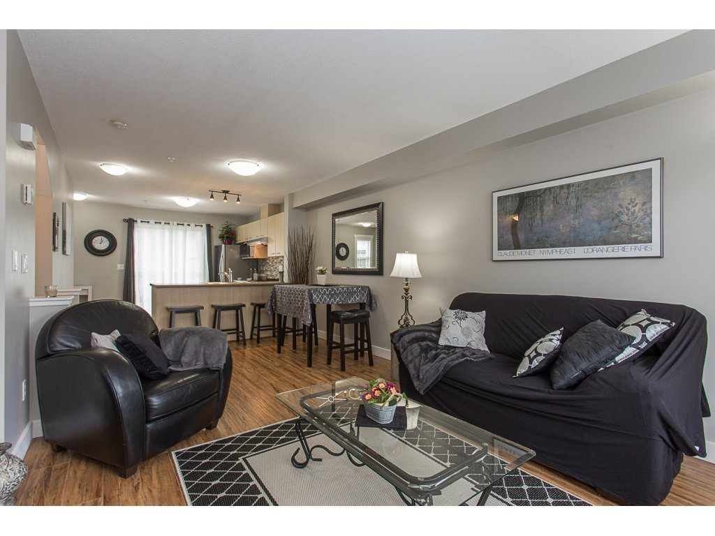 "Photo 6: 22 20176 68 Avenue in Langley: Willoughby Heights Townhouse for sale in ""STEEPLECHASE"" : MLS(r) # R2146576"