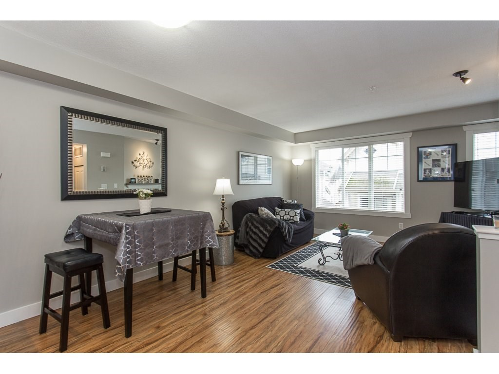 "Photo 7: 22 20176 68 Avenue in Langley: Willoughby Heights Townhouse for sale in ""STEEPLECHASE"" : MLS(r) # R2146576"
