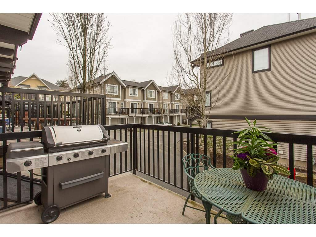 "Photo 17: 22 20176 68 Avenue in Langley: Willoughby Heights Townhouse for sale in ""STEEPLECHASE"" : MLS(r) # R2146576"
