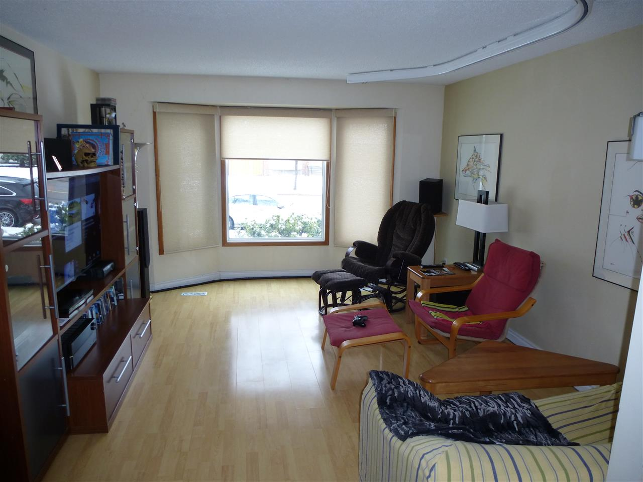 Photo 8: 16424 100 Street in Edmonton: Zone 27 House for sale : MLS(r) # E4059470