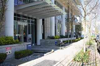"Main Photo: 509 1633 ONTARIO Street in Vancouver: False Creek Condo for sale in ""KAYAK"" (Vancouver West)  : MLS(r) # R2158805"