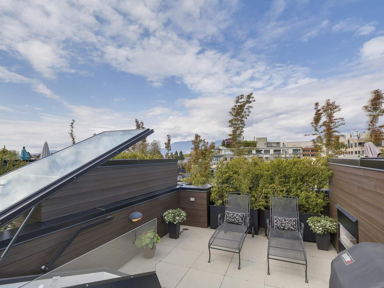 "Photo 14: 1887 W 2ND Avenue in Vancouver: Kitsilano Townhouse for sale in ""Blanc"" (Vancouver West)  : MLS® # R2164681"