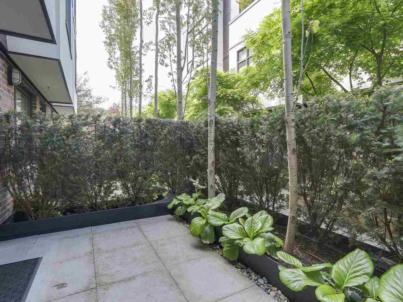"Photo 20: 1887 W 2ND Avenue in Vancouver: Kitsilano Townhouse for sale in ""Blanc"" (Vancouver West)  : MLS® # R2164681"