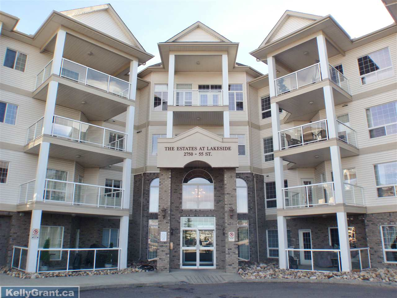 Main Photo: 273 2750 55 Street in Edmonton: Zone 29 Condo for sale : MLS® # E4064361