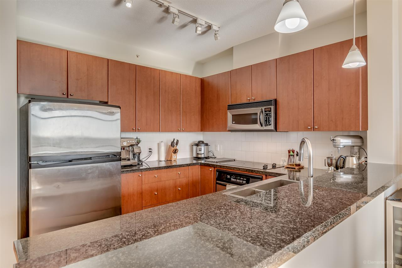 "Photo 8: 601 4132 HALIFAX Street in Burnaby: Brentwood Park Condo for sale in ""Marquis Grande"" (Burnaby North)  : MLS(r) # R2169932"