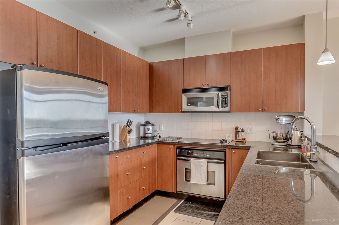 "Photo 5: 601 4132 HALIFAX Street in Burnaby: Brentwood Park Condo for sale in ""Marquis Grande"" (Burnaby North)  : MLS(r) # R2169932"