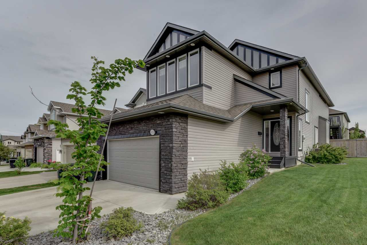 Main Photo: 631 SUNCREST Way: Sherwood Park House for sale : MLS(r) # E4068632