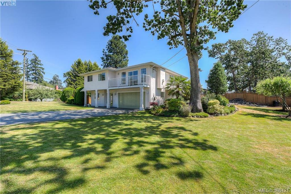 Main Photo: 4632 Falaise Drive in VICTORIA: SE Broadmead Single Family Detached for sale (Saanich East)  : MLS® # 380421
