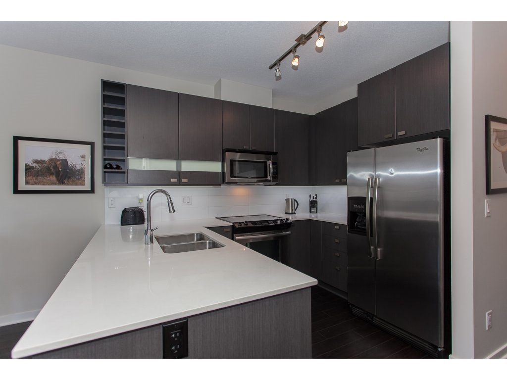 "Photo 11: 404 5655 210A Street in Langley: Salmon River Condo for sale in ""Cornerstone"" : MLS® # R2192196"