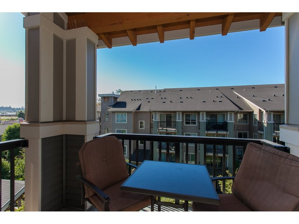 "Photo 19: 404 5655 210A Street in Langley: Salmon River Condo for sale in ""Cornerstone"" : MLS® # R2192196"