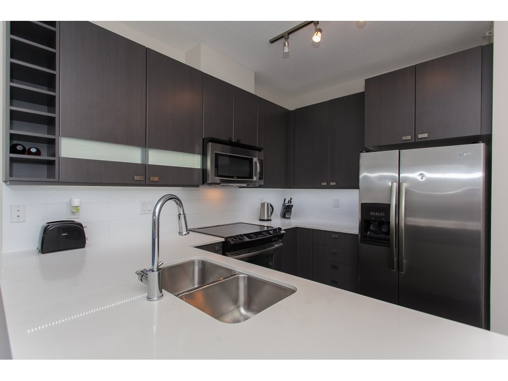 "Photo 10: 404 5655 210A Street in Langley: Salmon River Condo for sale in ""Cornerstone"" : MLS® # R2192196"