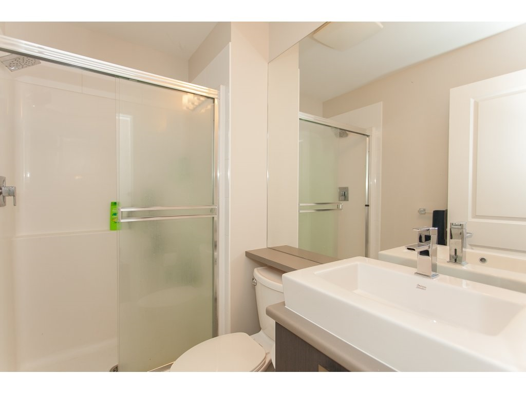 "Photo 17: 404 5655 210A Street in Langley: Salmon River Condo for sale in ""Cornerstone"" : MLS® # R2192196"