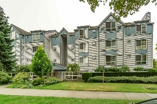 "Main Photo: 105 7465 SANDBORNE Avenue in Burnaby: South Slope Condo for sale in ""SANDBORNE HILL"" (Burnaby South)  : MLS® # R2204100"