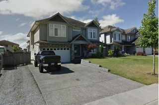 Main Photo: 26928 27 Avenue in Langley: Aldergrove Langley House for sale : MLS®# R2301398