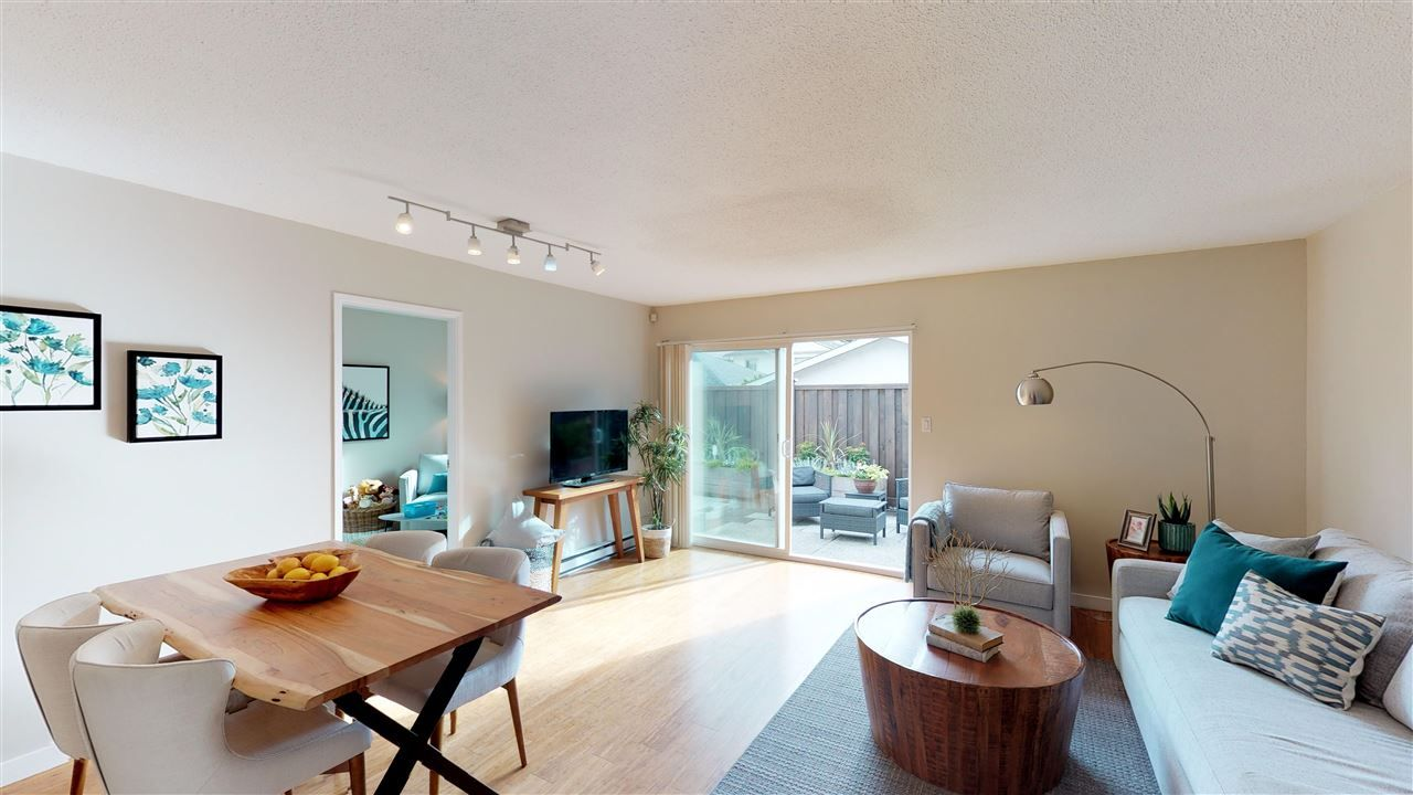 Main Photo: 14 1255 E 15TH Avenue in Vancouver: Mount Pleasant VE Townhouse for sale (Vancouver East)  : MLS®# R2306125